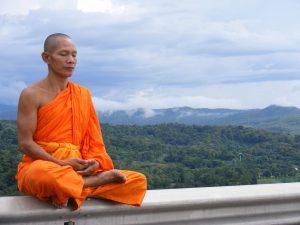 1280px-Phra_Ajan_Jerapunyo-Abbot_of_Watkungtaphao.